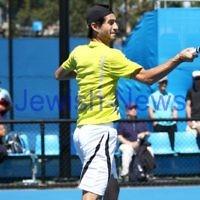 9-1-13. Australian Open Qualifiers. Amir Weintraub def Wayne Odesnik 7-6, 4-6, 6-3. Photo: Peter Haskin