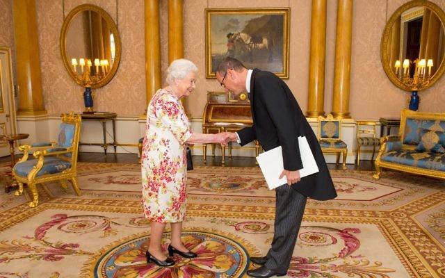 Israel's new ambassador to the United Kingdom, Mark Regev, greeting Queen Elizabeth at Buckingham Palace last week. Photo: Embassy of Israel.