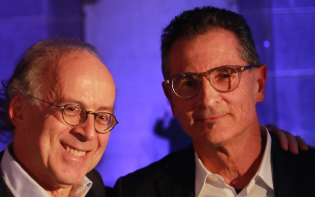 JCA president Stephen Chipkin with 2016 Hal Goldstein Lifetime Achievement Award winner Michael Jaku. Photo: Peter Philippsohn.