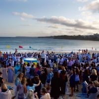 A previous Shabbat Project event at Bondi Beach. Photo: Giselle Haber