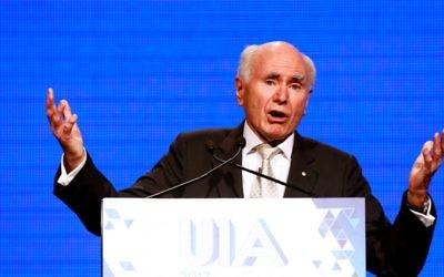 John Howard addressing the UIA Victoria gala dinner. Photo: Peter Haskin