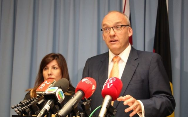 NSW Opposition leader Luke Foley addressing members of the multicultural media at NSW Parliament House. Photo: Shane Desiatnik