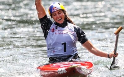 Jessica Fox winning the Women's C1 final at the ICF World Cup.
