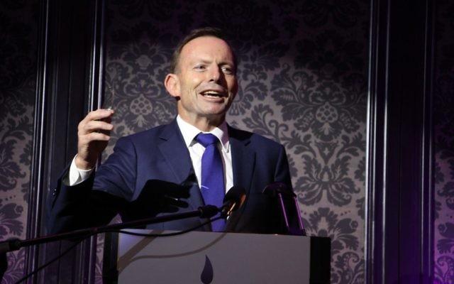 Tony Abbott speaking at the Chabad North Shore gala dinner. Photo: Shane Desiatnik
