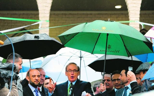 Bob Carr has backed the move within the WA Labor Party. Photo: AFP PHOTO/Saeed Khan.