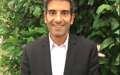 Rabbi Shneur Reti-Waks.