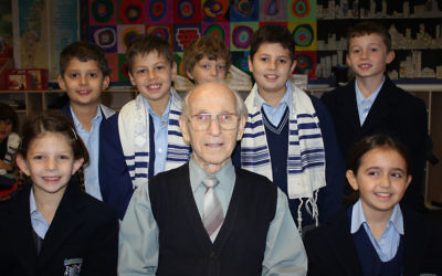 Max Lemberg with Moriah College students in 2011.