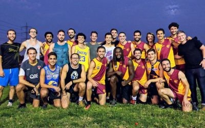 Nic Naitanui (front row) with the Tel Aviv Cheetahs AFL team in Israel recently.