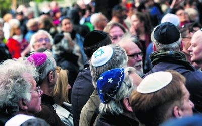 Participants wearing kippahs at a rally in Berlin, April 25, 2018. Photo: Carsten Koall/Getty Images