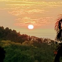 David Knoll entered this sunset photo taken in Costa Rica.