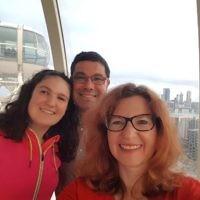 Amanda, Braham and Melissa Morris at Melbourne Observation Wheel.