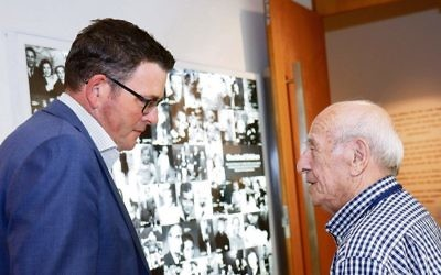 Premier Daniel Andrews (left) speaks with Holocaust survivor Szaja Chaskiel about the virtual reality project the Shoah survivor narrated. Photo: Peter Haskin