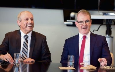 Michael Daley (right) addressing the NSW Jewish Board of Deputies Luncheon Club alongside CEO Vic Alhadeff. Photo: Giselle Haber