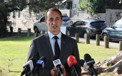 Dave Sharma addressing the media. Photos: Gareth Narunsky