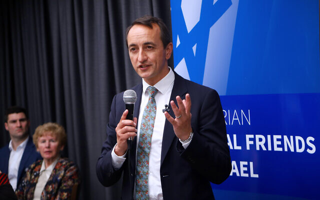 Dave Sharma addressing Victorian Liberal Friends of Israel. Photo: Peter Haskin