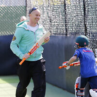 Michael Klinger at Maccabi junior cricket training. Photo: Peter Haskin