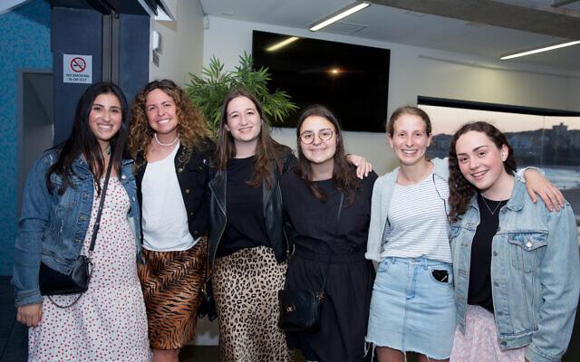 Isabella Simantov, Chana Hirshowitz, Emma Sharp, Cara Leibowitz, Nicola Futeran, Lori Bernstein.