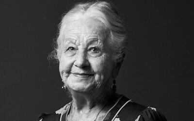 Olga Horak.