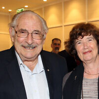 Graham De Vahl Davis, pictured with Bettina Cass, at the AJN's 120th celebration in 2015.