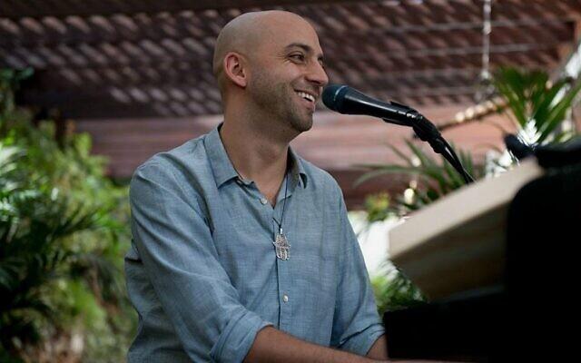 Israeli singer-songwriter Idan Raichel is performing in Australia as a guest of UIA.
