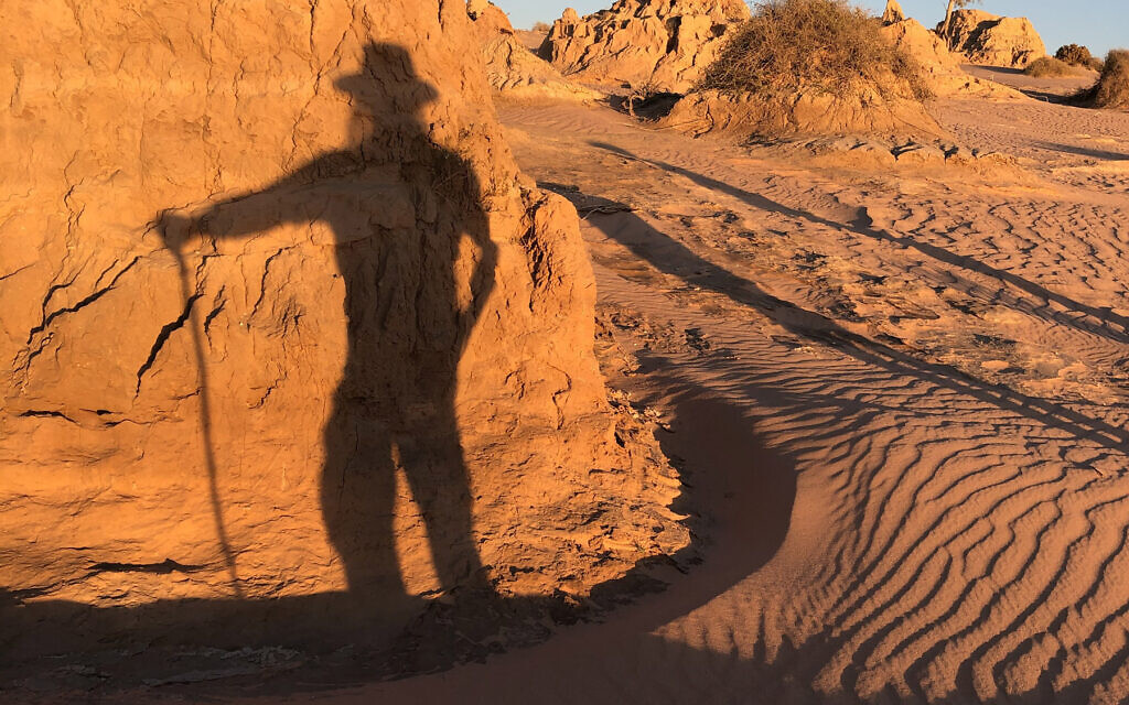 Ray Doobov in the sand dunes of Mungo National Park
