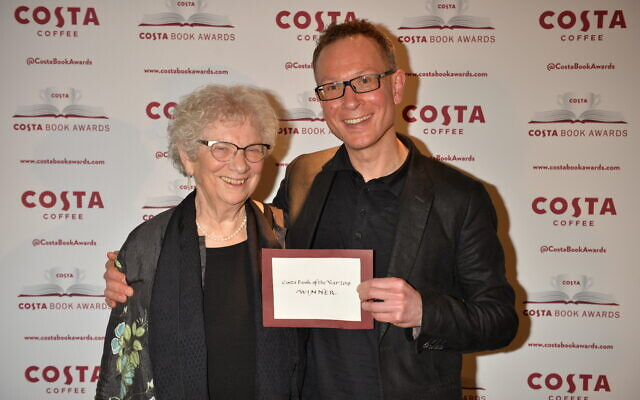 Lien de Jong and Bart van Es at the Costa Book awards ceremony in January 2019.