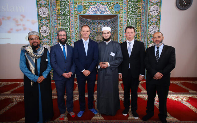 From left: Mohamed Mohideen, Rabbi Yaakov Glasman, David Southwick, Imam Abdurrahman Zyka, Dvir Abramovich, and president of the Australian Federation of Islamic Councils Dr Rateb Jneid at the Lysterfield Mosque. Photo: Peter Haskin