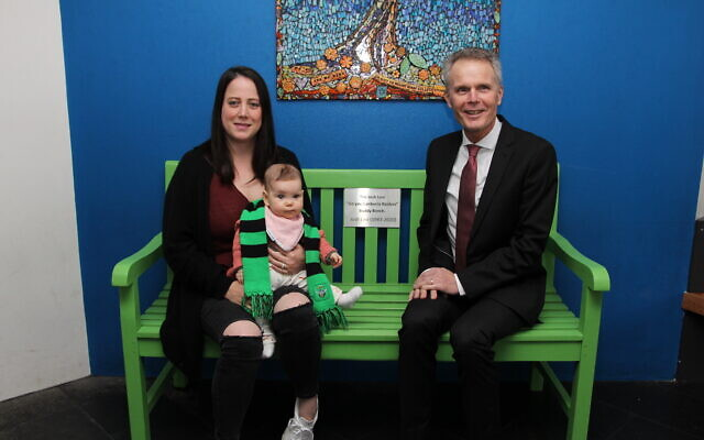 Lia Levi with daughter Lara and Mount Sinai principal Phil Roberts. Photo: Gareth Narunsky