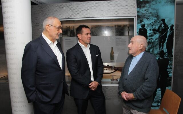 From left: SJM president Gus Lehrer, Matthew Johns and Jack Meister. Photo: Gareth Narunsky/Australian Jewish News