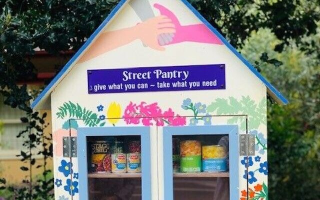 The Street Pantry project.