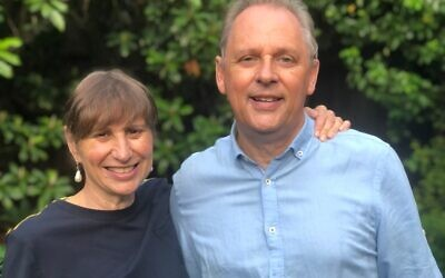 Siblings Susan and Peter Davis have both been recognised in this year's Australia Day honours.