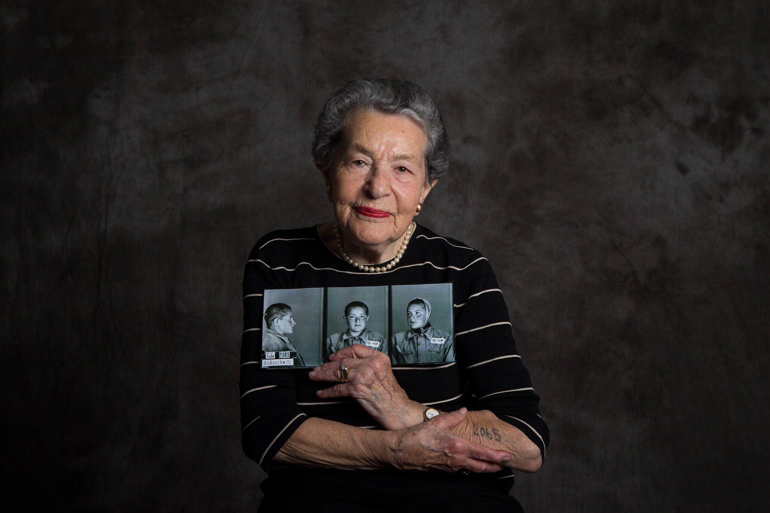 Tributes flow for Shoah survivor Lotte Weiss