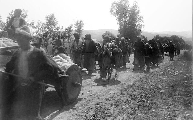 Armenian deportees in Erzurum. Photo: Wikipedia