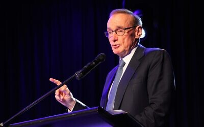 Bob Carr addressing an ALP policy forum on Palestine in 2017. Photo: Shane Desiatnik