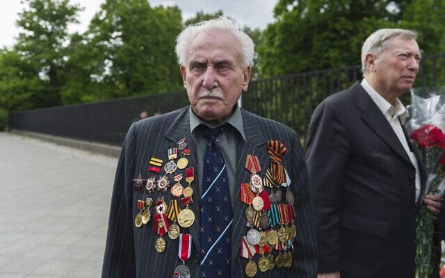David Dushman at a memorial service in Berlin in 2015.