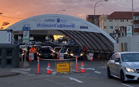 The drive-through testing clinic at Bondi last Wednesday. Photo: Evan Zlatkis