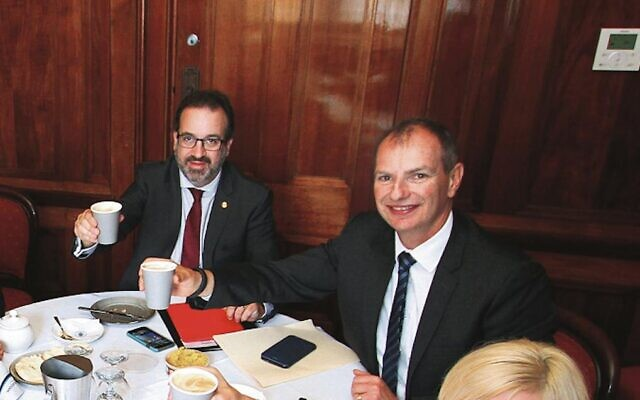 Martin Pakula and David Southwick at a Hadassah lunch in 2015.
