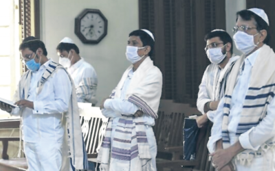 Praying on Yom Kippur during COVID, at the Magen Abraham Synagogue in Ahmedabad, India, September 28, 2020 . Photo: Sam Panthaky/TOI