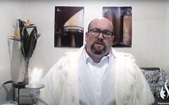 Rabbi Gersh Lazarow delivering his Kol Nidrei sermon last month. Photo: YouTube screenshot