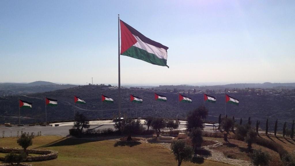 العلم الفلسطيني في روابي (بعدسة الحنان ميلر/ طاقم تايمز أوف اسرائيل )
