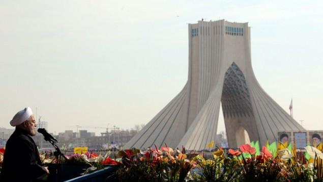 الرئيس الايراني حسن روحاني يلقي خطاب بمناسبة الذكرى الخامسة والثلاثين للثورة الاسلامية 11 فبراير 2014 (أ ف ب)