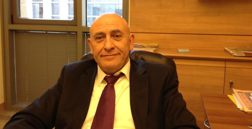 عضو الكنيست باسل غطاس (بعدسة الحانان ميلر/ طاقم تايمز أوف اسرائيل)