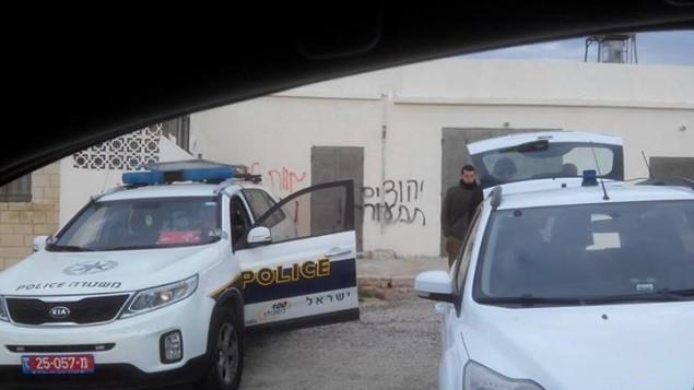 هجوم دفع الثمن في قرية سنجيل بجاني رامالله 9 يناير 2014 (بعدسة حاخامات من اجل السلام)