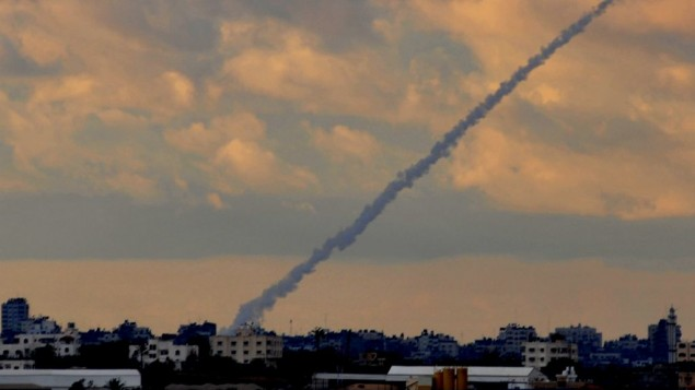 صاروخ جراد متجه لاسرائيل من غزة 2009 (فلاش 90)