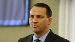 وزير الخارجية البولندي رادوسلاف سيكورسكي 1 مارس 2014 (أ ف ب)