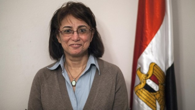 هالة شكر الله، أول امرأة ترأس حزبا سياسيا في مصر (بعدسة محمود خالد/ أ ف ب)