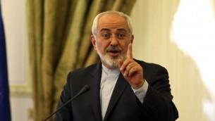 وزير الخارجية الايراني محمد جواد ظريف في طهران 9 مارس 2014 (عطا كيراني / ا ف ب)