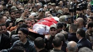 تشييع جثمان القاضي الاردني فلسطيني الاصل في مدينة نابلس 11.03.2014 (أ ف ب)