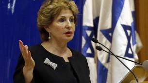 وزيرة الهجرة والاستيعاب سوفا لاندوفر تعلن عن برنامج  جديد لتشجيع قدوم اليهود الفرنسيين الى اسرائيل ١٨ مارس ٢٠١٤ (أ ف ب)