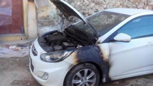 """صورة توضيحية؛ سيارة تعرضت لهجوم """"دفع الثمن"""" في قرية مداما (مقدمة من جمعية حاخامات من اجل حقوق الانسان)"""